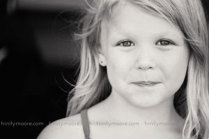 candid-child-portrait-grace-black-white.jpg