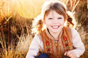 golden-light-girl-child-portrait.jpg