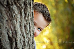 peekaboo-tree-boy-child-portrait.jpg