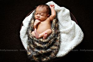 newborn-wrap-portrait-dark.jpg